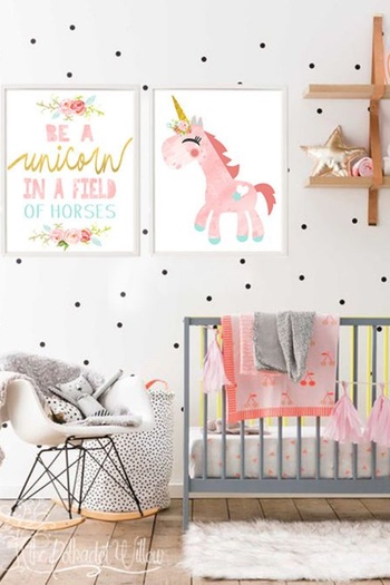 unicorn theme baby kamer